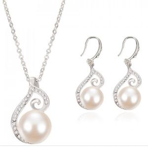 Jewelry - Pearl/Diamond Stones Silver Necklace & Earrings